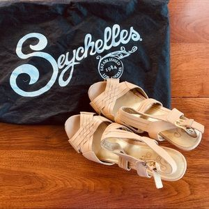 Seychelles leather cream wedges